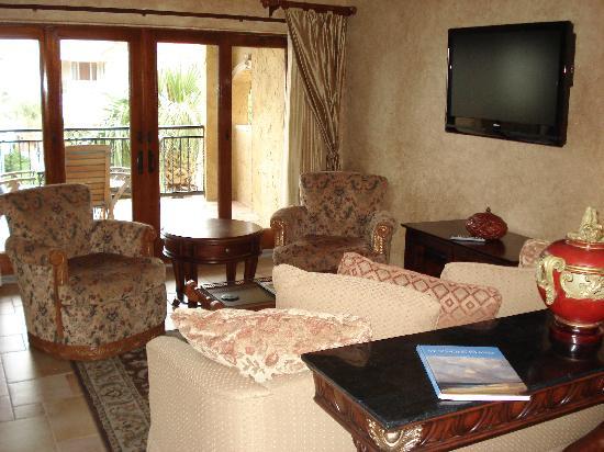 Ocean Lodge : Living Room area