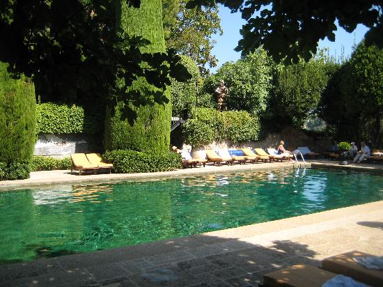 La Colombe d'Or: pool