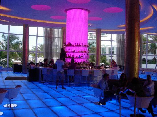 Fontainebleau Miami Beach The Bleau Bar