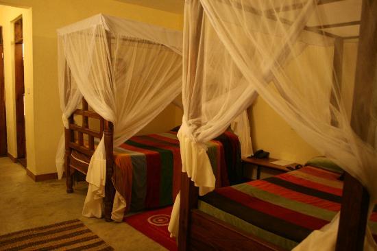 Olasiti Lodge, Tanganyika Wilderness Camps: Amplia y bonita habitación