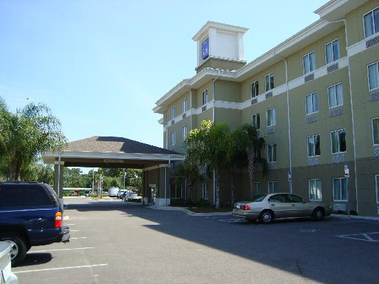 Sleep Inn & Suites of Panama CIty Beach: from outside