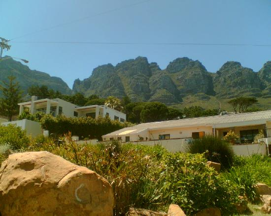 The Oceana & Camps Bay Luxury Suites : The stunning backdrop
