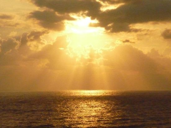 Grand Okan: FANTASTIC SUNSETS 1