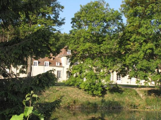 Manoir de Montflambert: The manoir's exterior