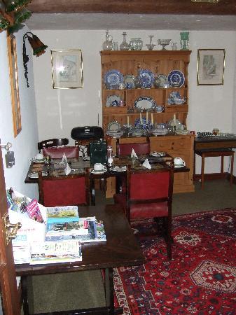 Glebe Barn: Breakfast room