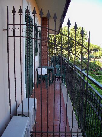 Hotel Degli Amici: Balcony