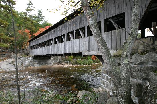 Portland Marriott at Sable Oaks: Covered Bridge, White Mountains