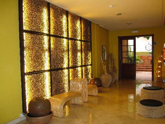 Iberostar Anthelia: entrada spa desde el hotel