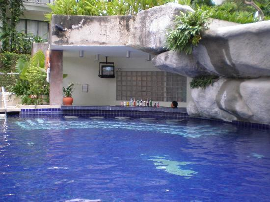 Pool Bar Picture Of Sunset Beach Resort Patong Tripadvisor