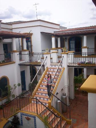 Escaleras del Hostel del Patio