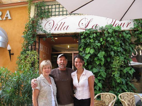 """Hotel Villa La Tour: Posing With """" Julia"""""""