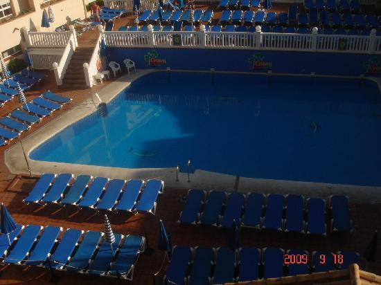 Crown Resorts Club Marbella / Club Regency Palms: pool is also heated which is great