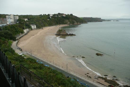 Torbant Farmhouse: Charming Tenby