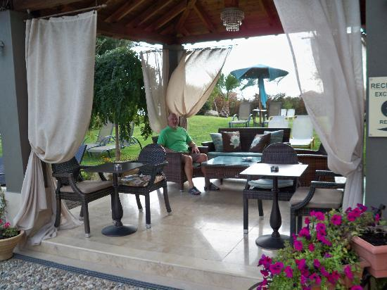 Achtis Hotel : Somewhere to relax from the sun