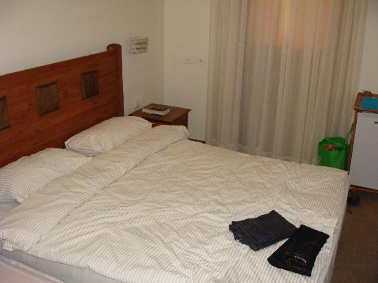 Savyonei Hagalil Hotel: Bedroom