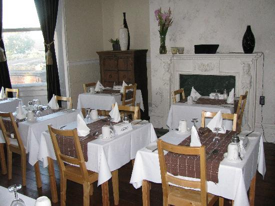 Hillcrest Guesthouse: Breakfast room