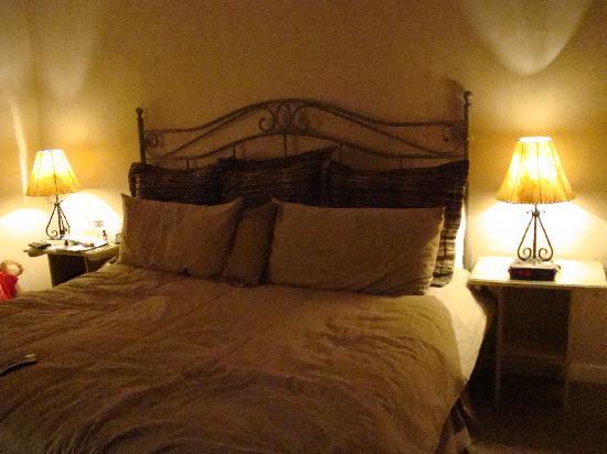 Hotel La Fonda de Taos: Bedroom 2