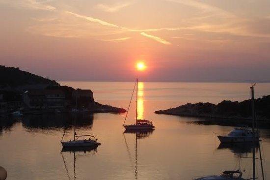 Zaklopatica, โครเอเชีย: Lastovo Sunset