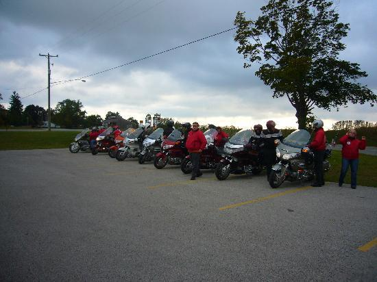 Sierra Sands Family Lodge: Lined up and ready to roll...