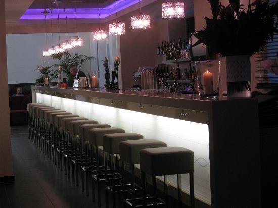 Leonardo Royal Hotel Berlin Alexanderplatz: The Bar