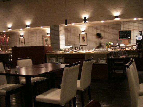 Okuma Private Beach & Resort : レストラン・ビーチサイドカフェ。