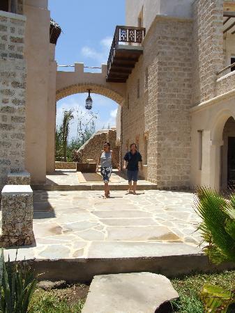 Lonno Lodge : camminando tra le camere dell'hotel