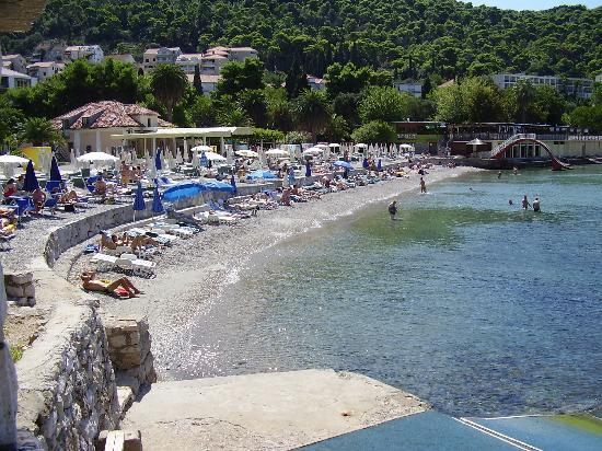 Hotel Lapad: Nearest beach, 10 minute walk