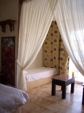 Jungle Aqua Park: room