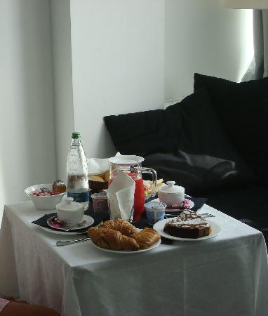 Hotel San Marino iDesign: colazione in camera