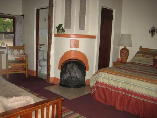 El Colorado Lodge: Inside our Room