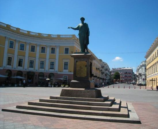 Duke de Richelieu monument : Odesa