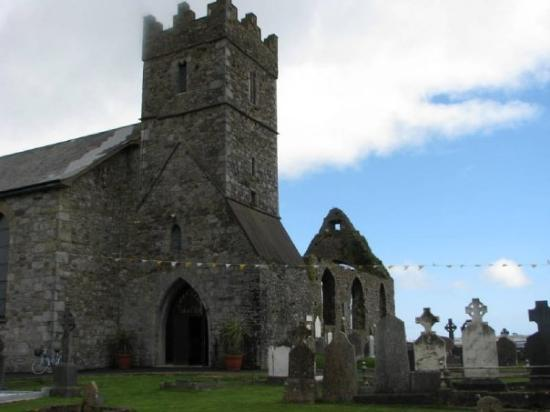 Dungarvan, Ireland: I attended this church for mass on Easter Sunday - it's right on the water!