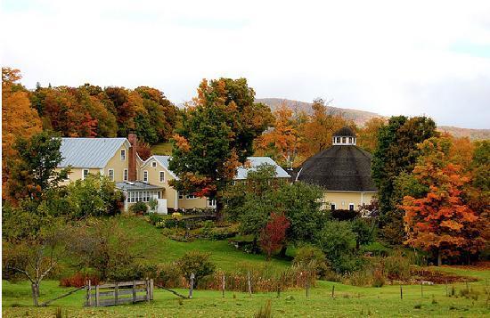 The Inn at Round Barn Farm: Round Barn Farm in September