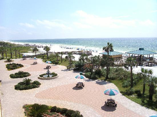 Ramada Plaza Fort Walton Beach Resort/Destin : View From our Balcony South