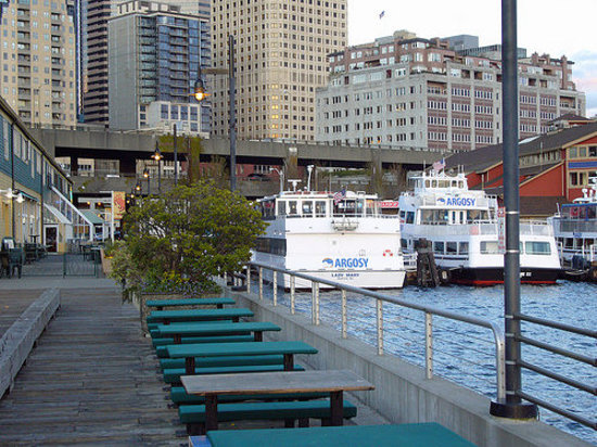Image gallery seattle waterfront for New homes seattle washington area