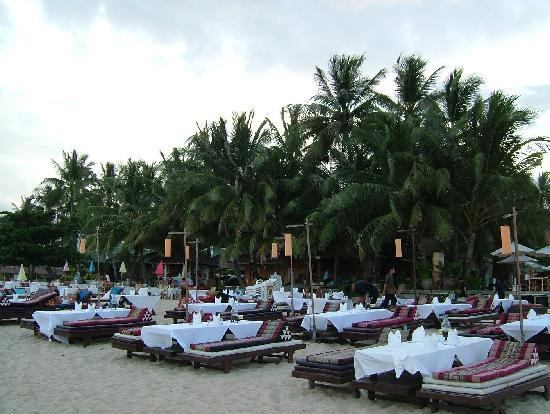 หาดละไม: ristorante allestito in spiaggia