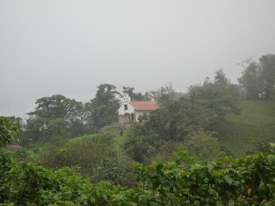 Villa Blanca Cloud Forest Hotel and Nature Reserve: The Chapel as seen from the Nature Walk