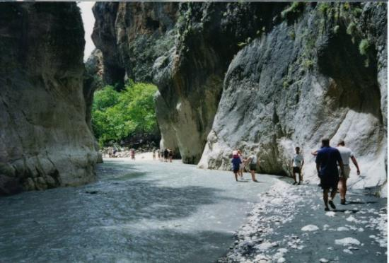 Hisaronu, Turquie : Saklikent (Hidden City) Gorge is the second-largest (20 km-long) gorge in Europe, the longest an