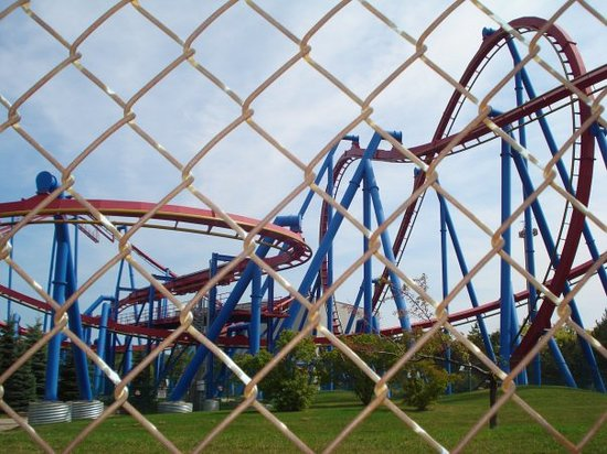 That is the superman coaster! You ride this like your flying, it was amazingly fun!!