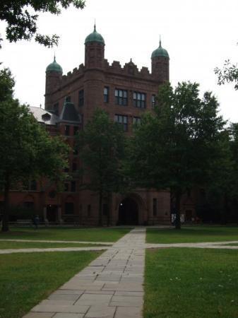 Yale University: Yale