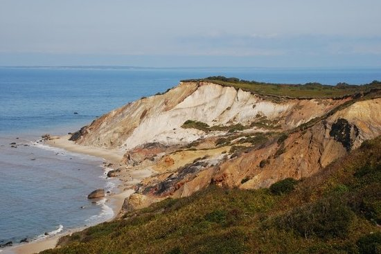 Gay Head Light  (Aquinnah Light) : Gay Head beach and cliffs