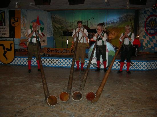 Heidi at the Oktoberfest Slot - Read the Review Now