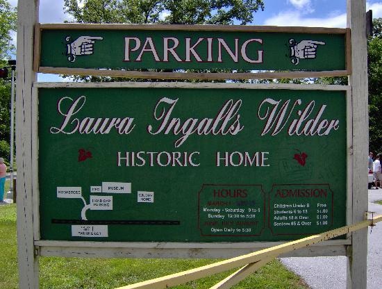 Laura Ingalls Wilder Historic Home and Museum: Sign across the street where you park