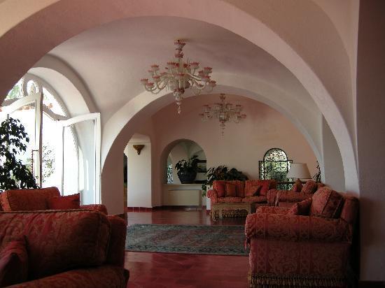 Il Moresco Hotel: Saloni interni