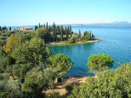 Poiano Resort Hotel : le lac baia delle sirene