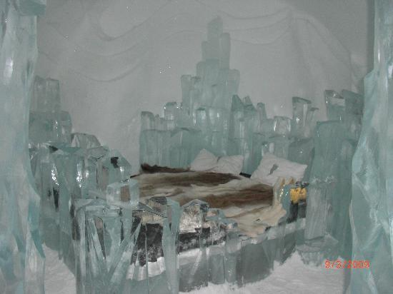 Icehotel: an ice art sculpture room