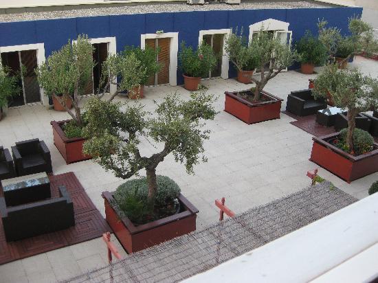 Mercure Marseille Centre Prado Hotel Vélodrome: vue de la chambre....côté jardin bien sûr!!!!