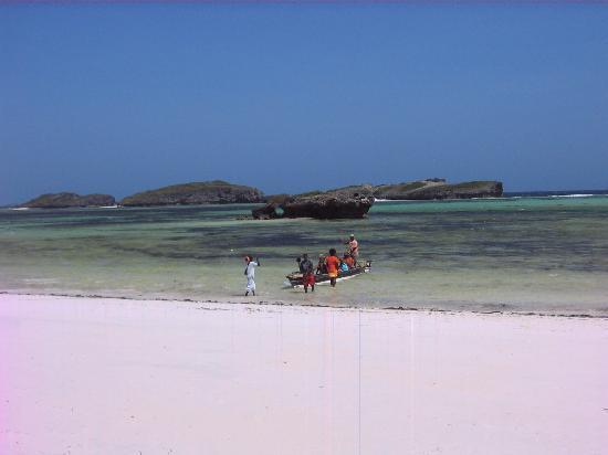 Crystal Bay Resort : Mare e beach boys