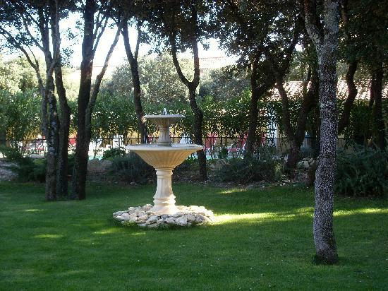La Bastide de Grignan : fontaine