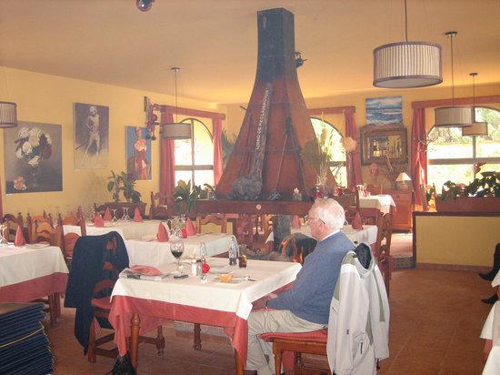 Restaurante RA-MA: Interior